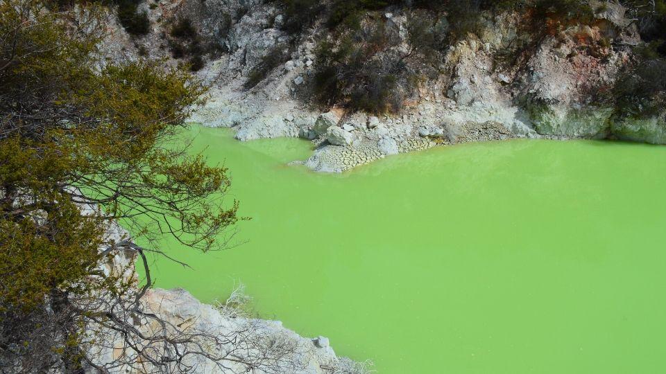 Wai-o-tapu-nouvelle-zelande-xaviere-l-aventuriere-bain-du-diable