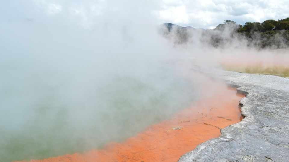 Wai-o-tapu-nouvelle-zelande-xaviere-l-aventuriere-champagne-pool