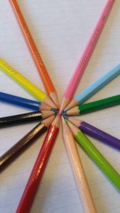crayons Xavière l'Aventurière dessins